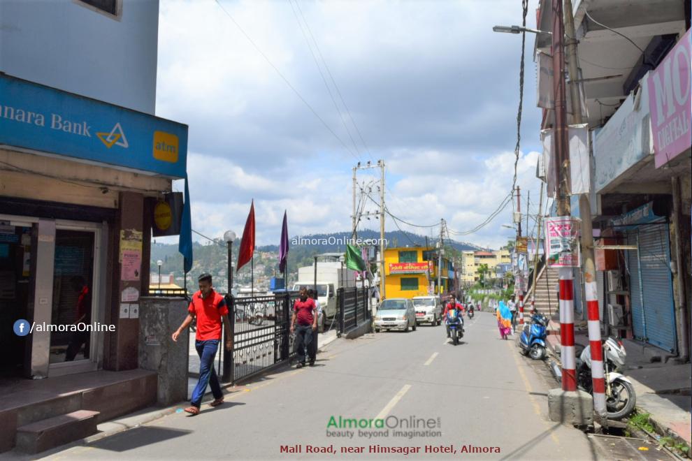 Mall Road, Almora