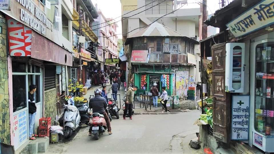 अल्मोड़ा की कुछ तस्वीरें, डॉ हामिद की गैलरी से (II)